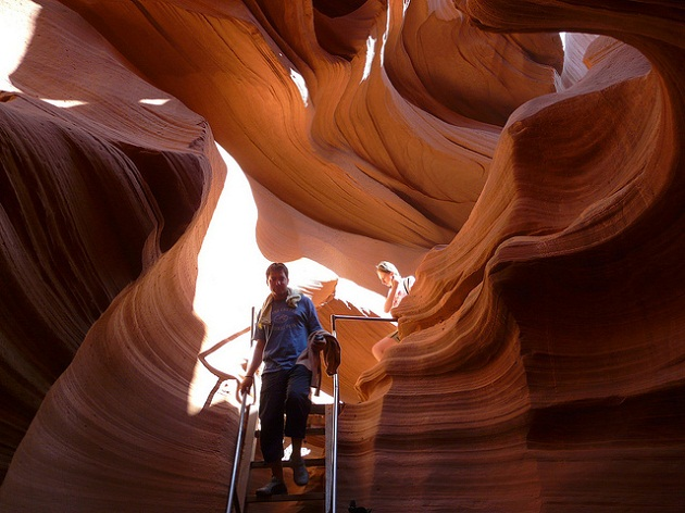 antelope canyon stairs