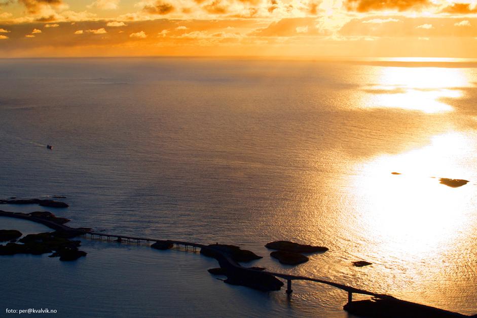 atlantic ocean road sunset
